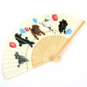 【ヨーコドッグアートの世界】ヤマモトヨーコ 扇子「風船と遊ぶプードルたち」No12プードル 雑貨 女性用 ギフト せんす 犬 ドッグ